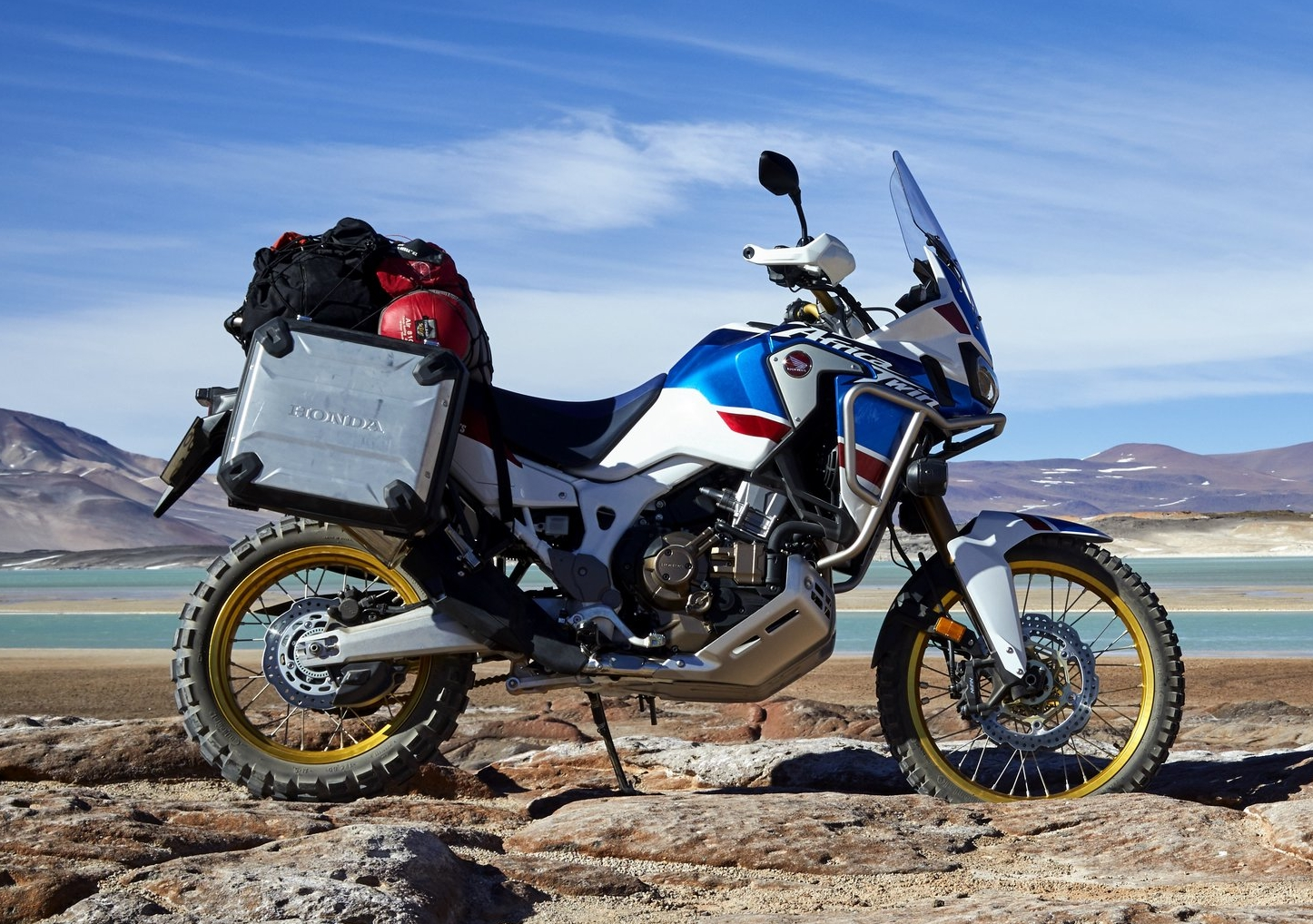 18_Honda_Africa_Twin_Adventure_Sports_Action_Image_10.jpg