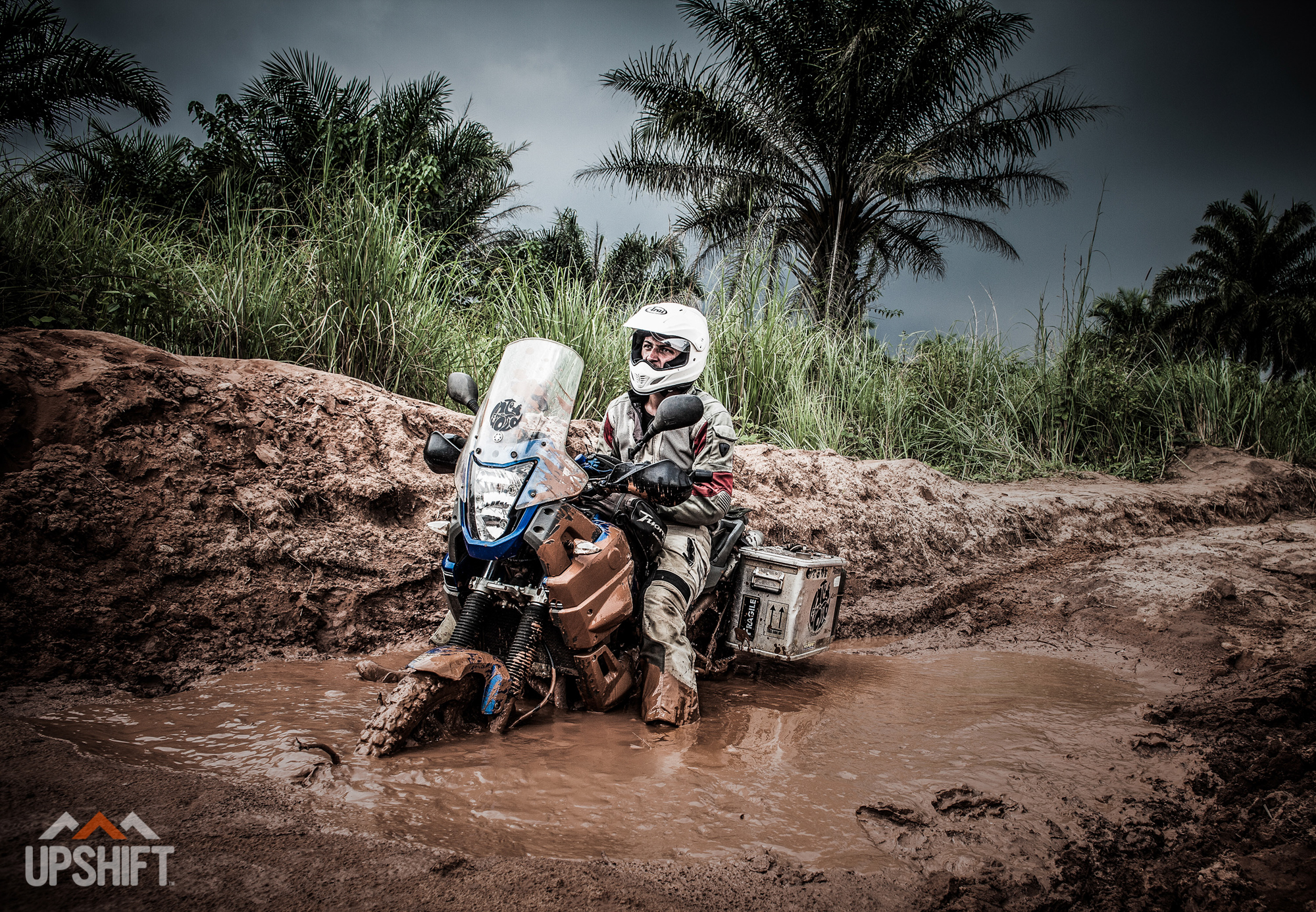 INTO THE WORLD - CROSSING THE CONGO-4.jpg