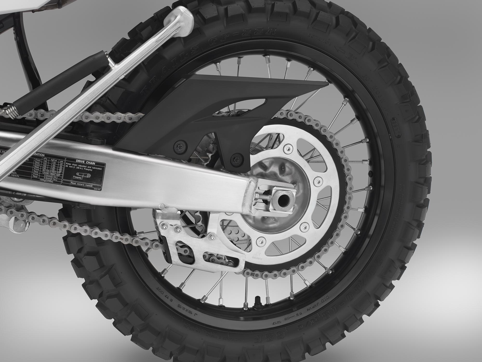 19 Honda CRF450L_chain sprocket.jpg