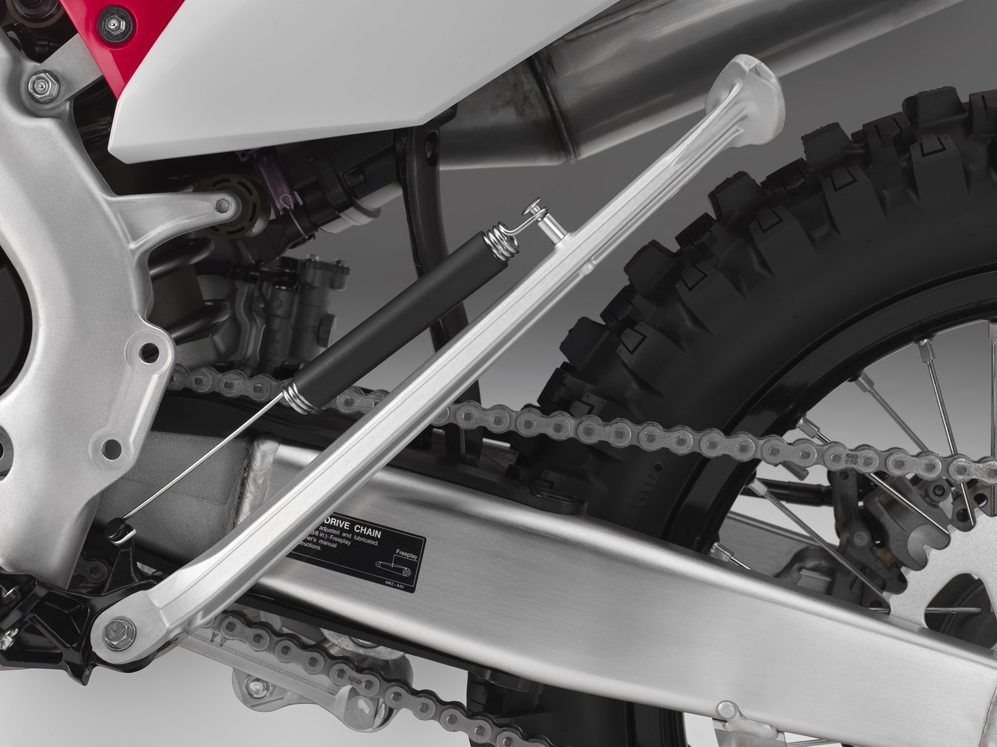 19 Honda CRF450X_kickstand up.jpg