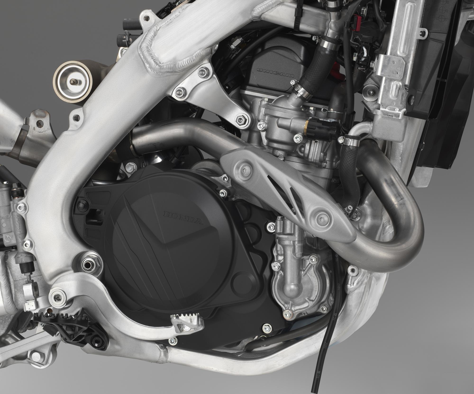 19 Honda CRF450X_engine right.jpg