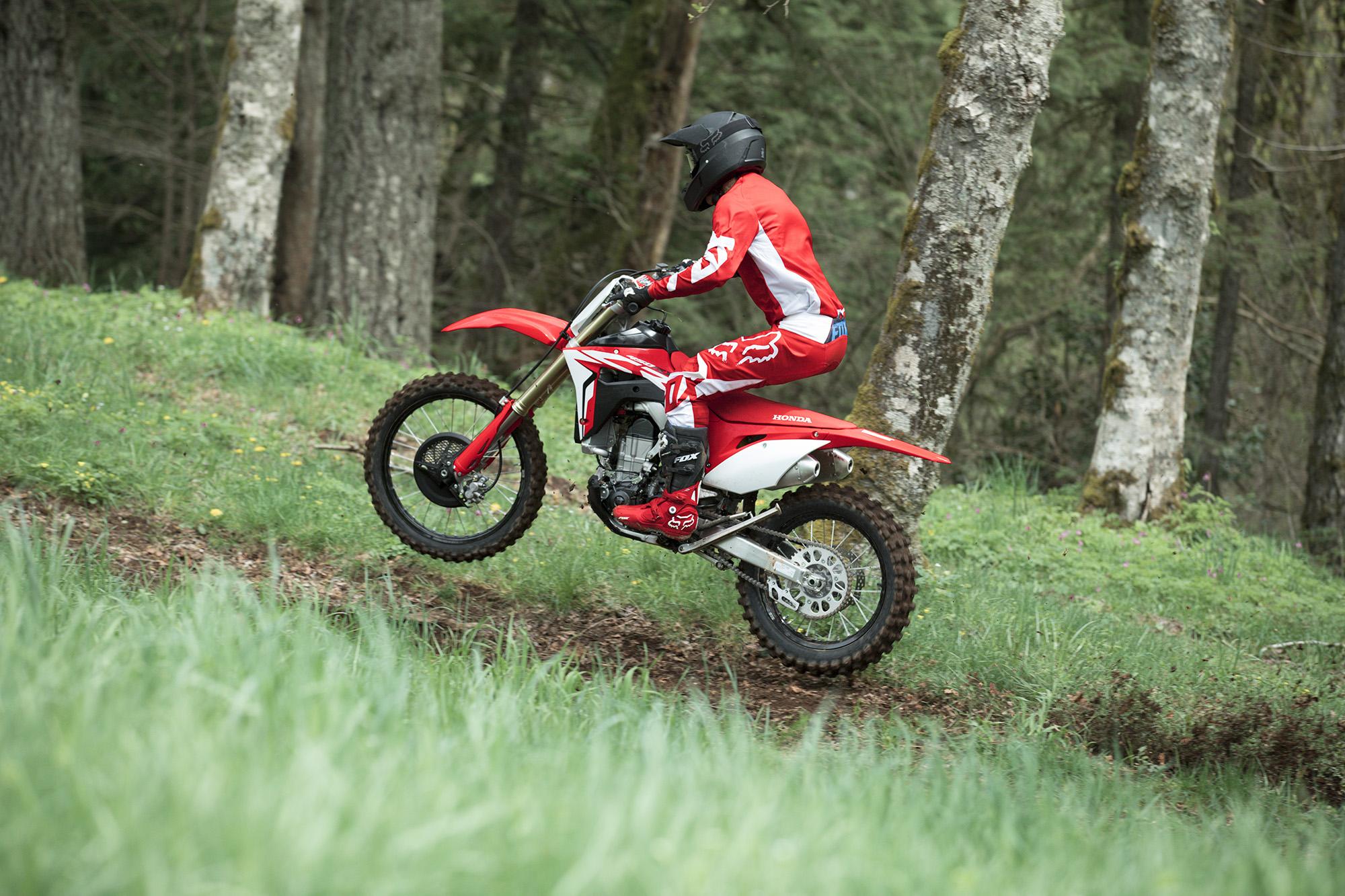 19 Honda CRF450RX_Action_4.jpg