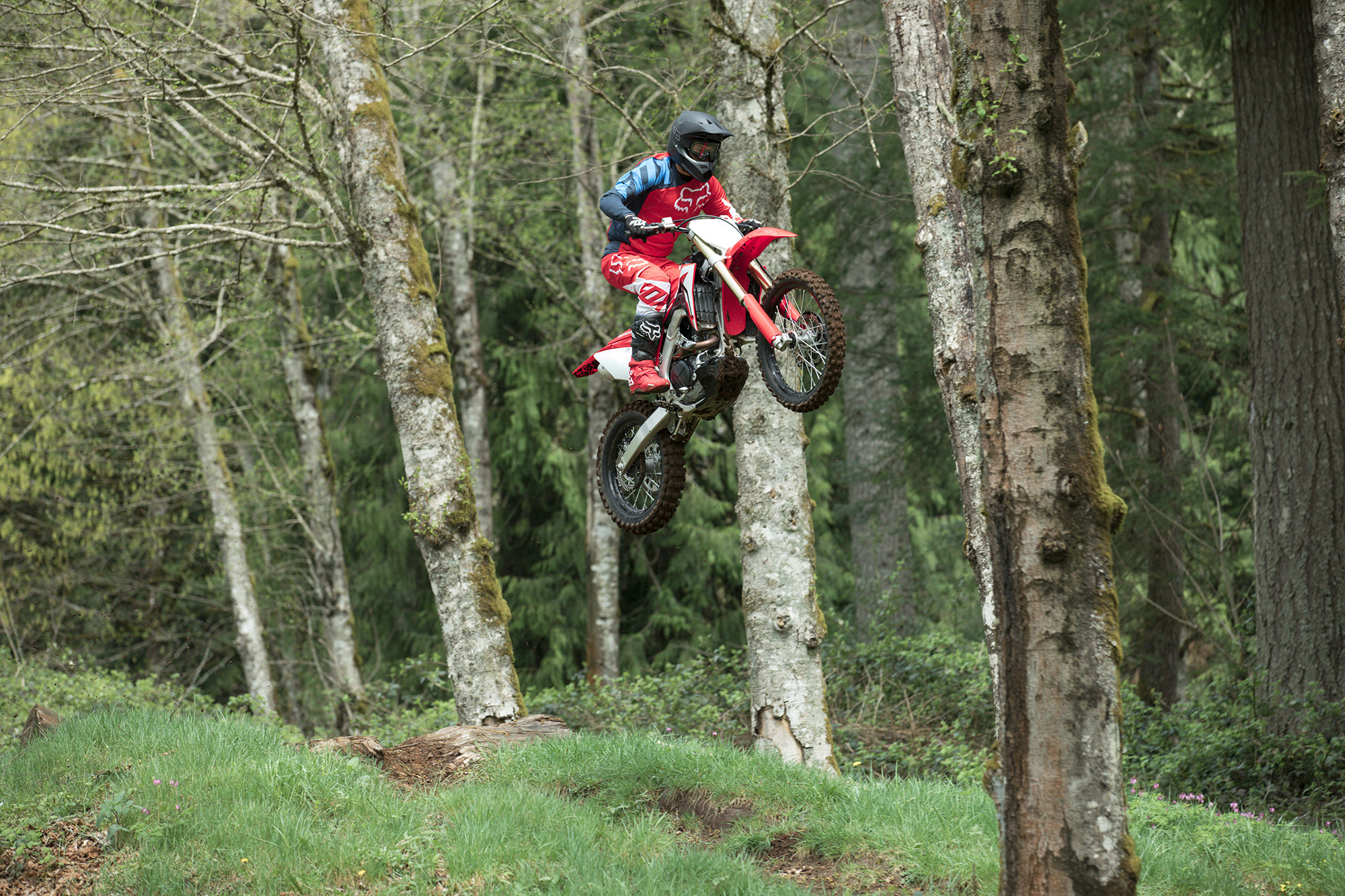 19 Honda CRF450RX_Action_5.jpg