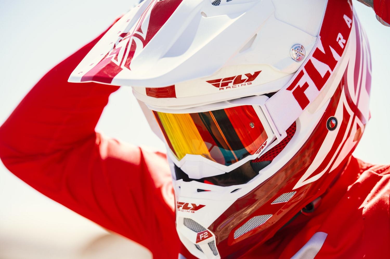 f2_helmet.jpg