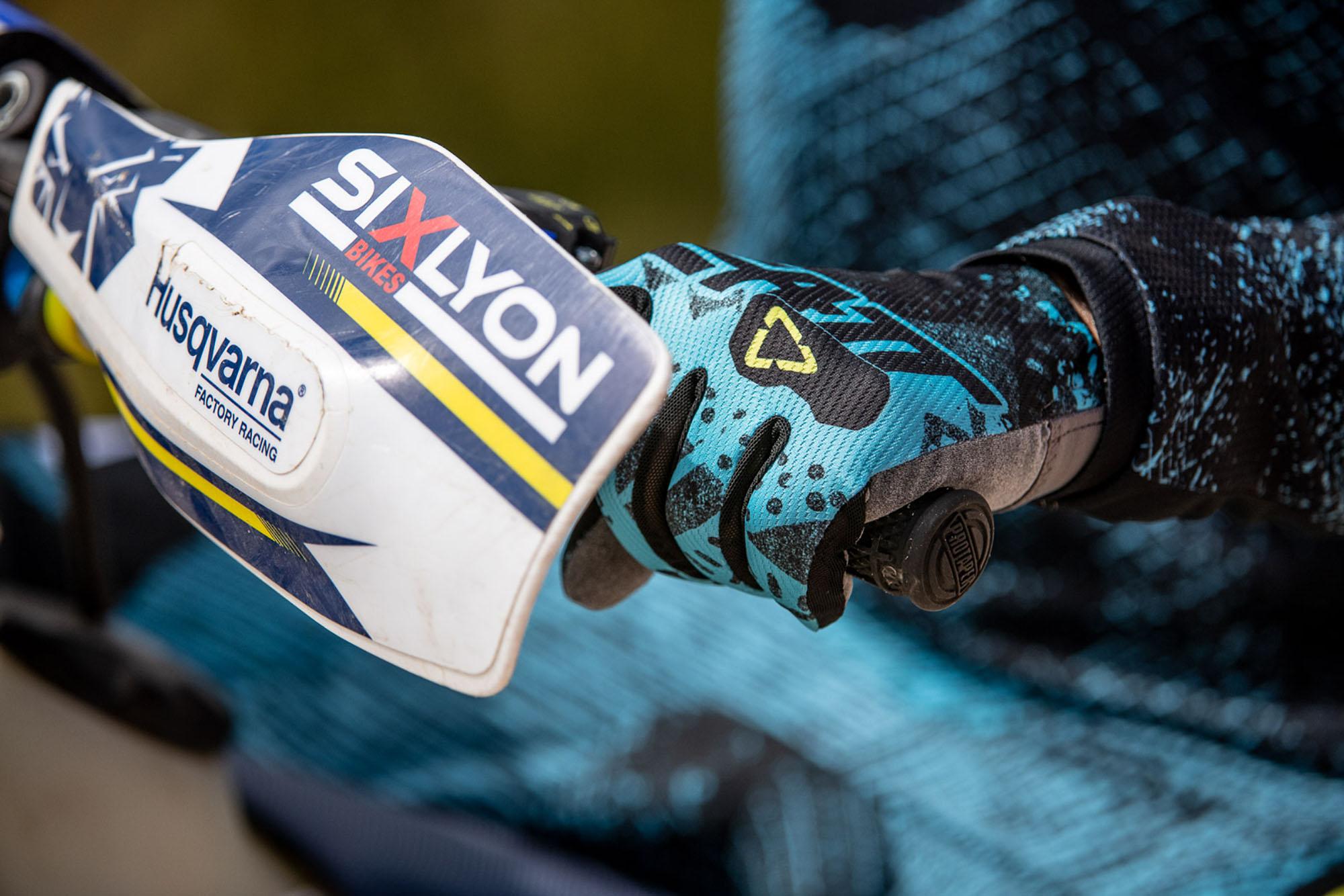 Leatt2019-MotoGPX_83265-ChristophLaue.jpg