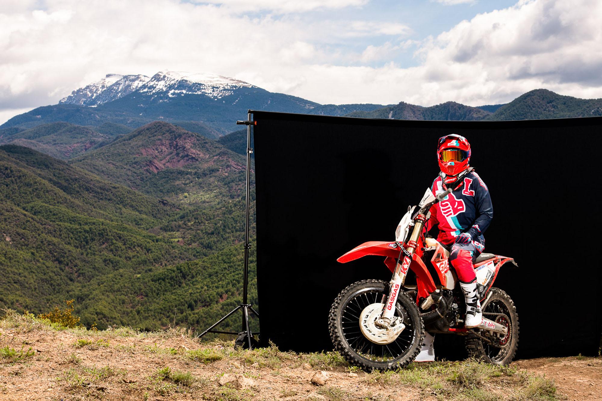 Leatt2019-MotoGPX_83354-ChristophLaue.jpg