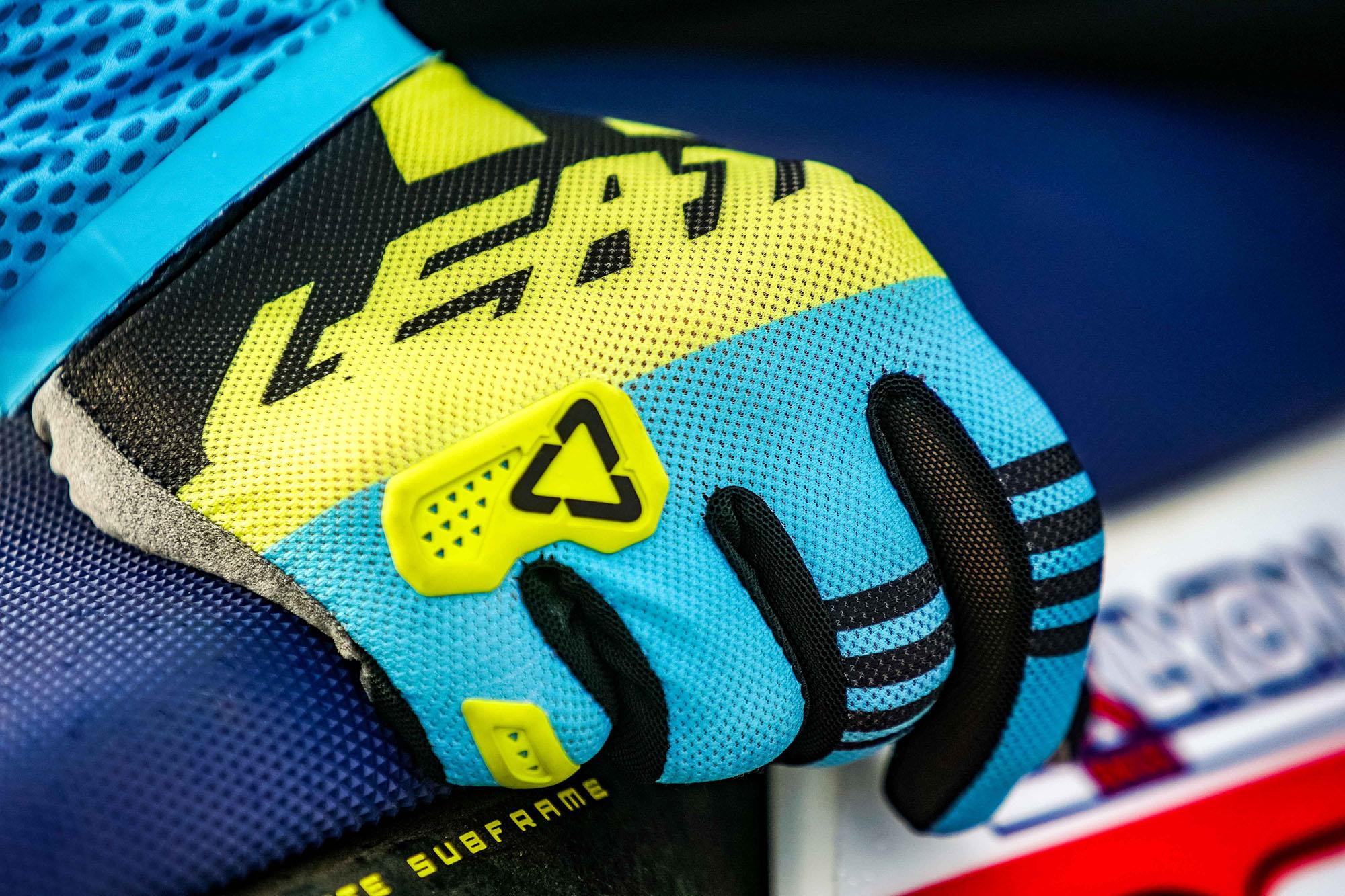 Leatt2019-MotoGPX-07366.jpg