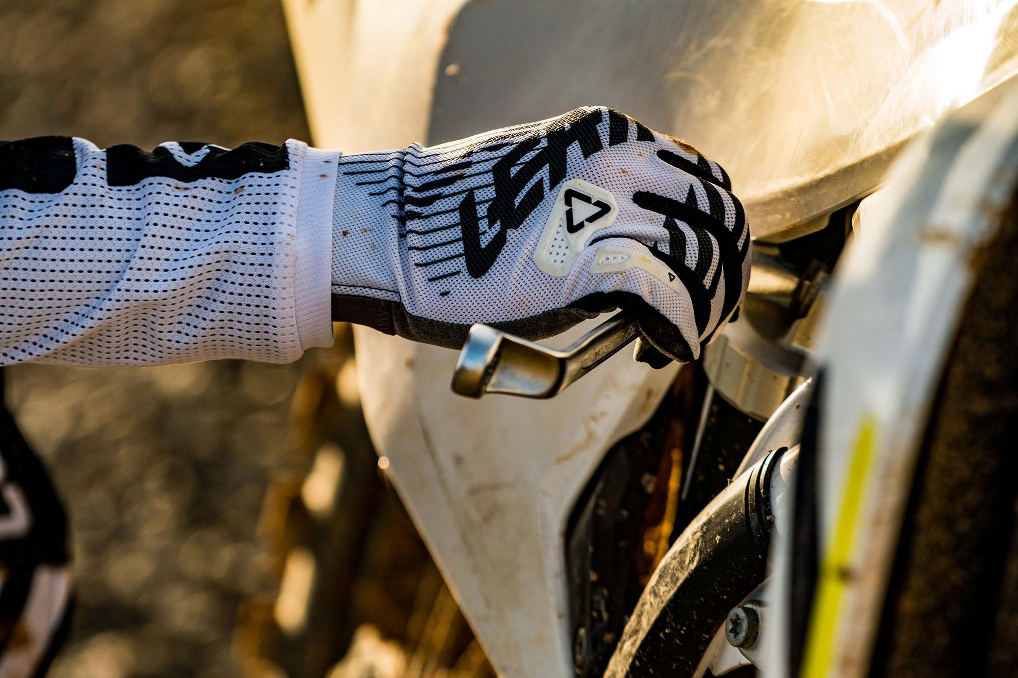 Leatt2019-MotoGPX-08859.jpg
