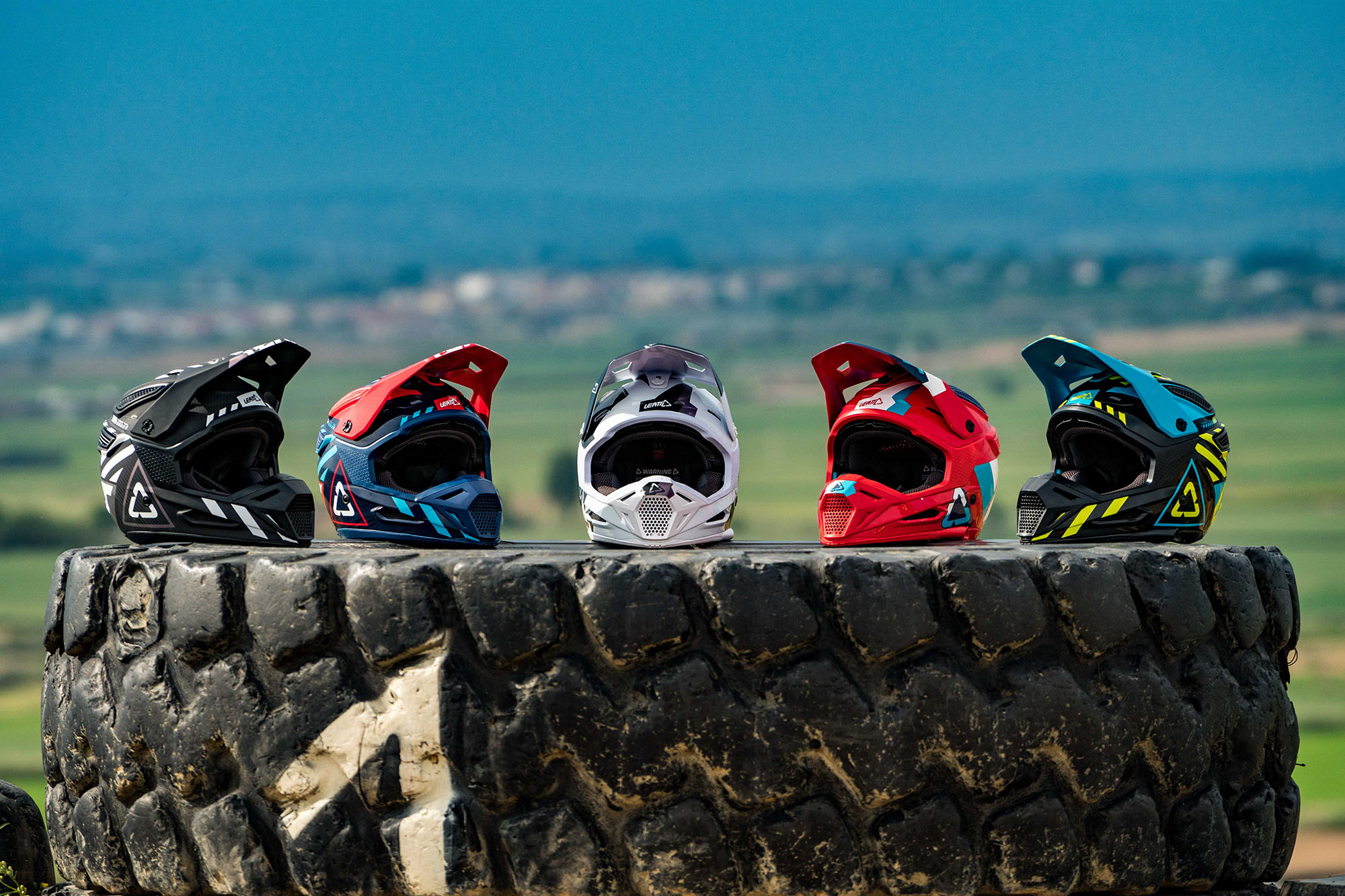 Leatt2019-MotoGPX-09110.jpg