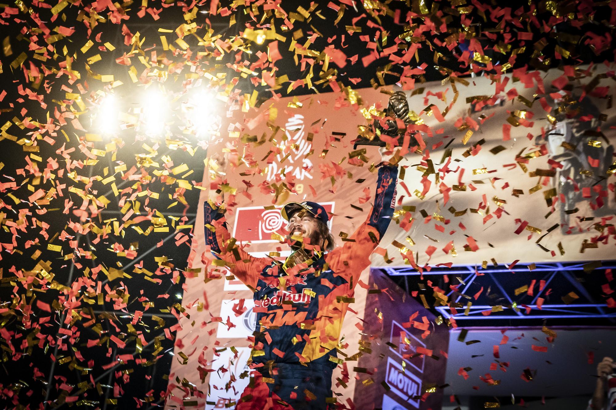 263417_toby.price_finish_Red Bull KTM Factory Racing_Dakar2019_479.jpg