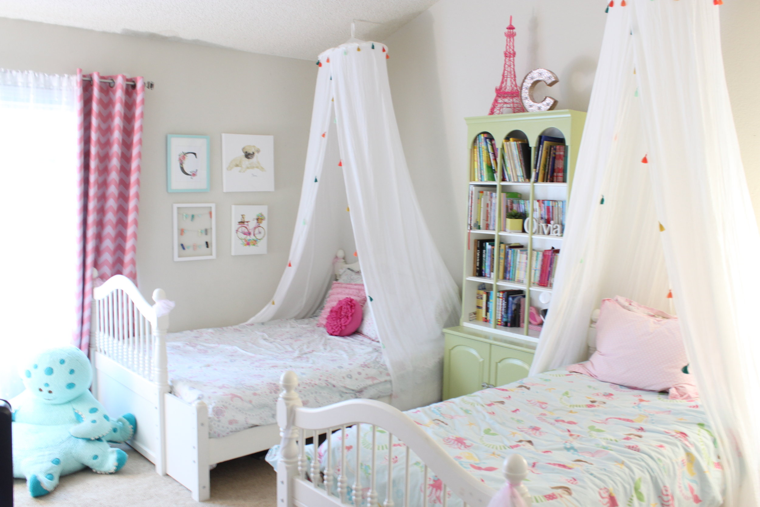 Dreamy girls bedroom