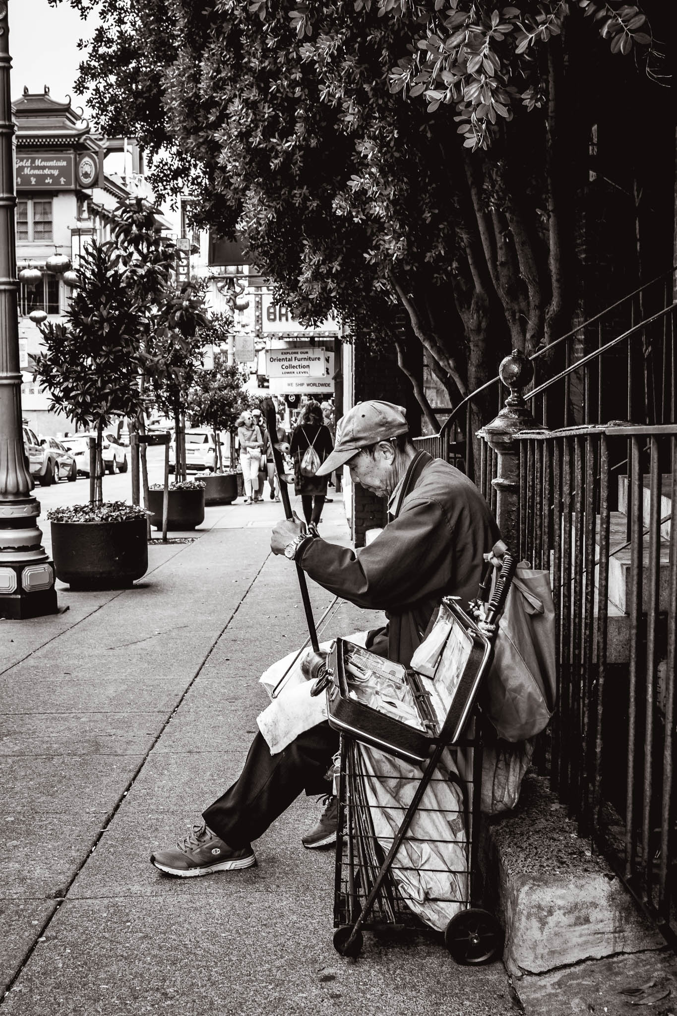 Street musician playing the Erhu