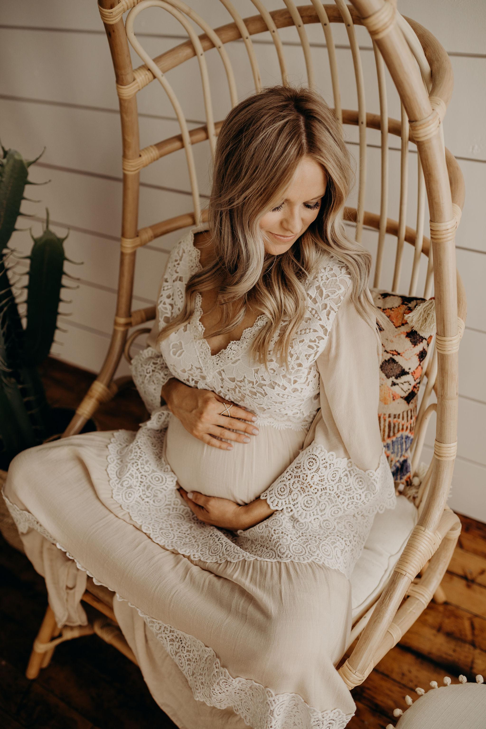 Katie-Posey-Maternity-Session-2018-Kansas-City-MO-Jesse-Salter-Photography-5.jpg