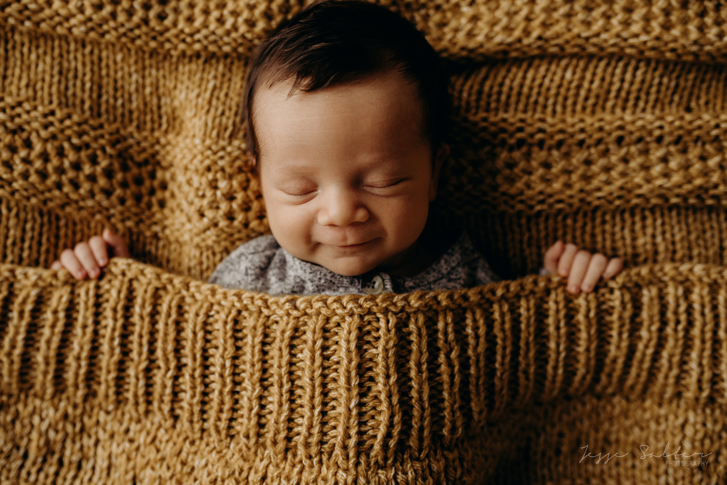 Wylon-Studio-Newborn-Jesse-Salter-Photography-8 copy.jpg