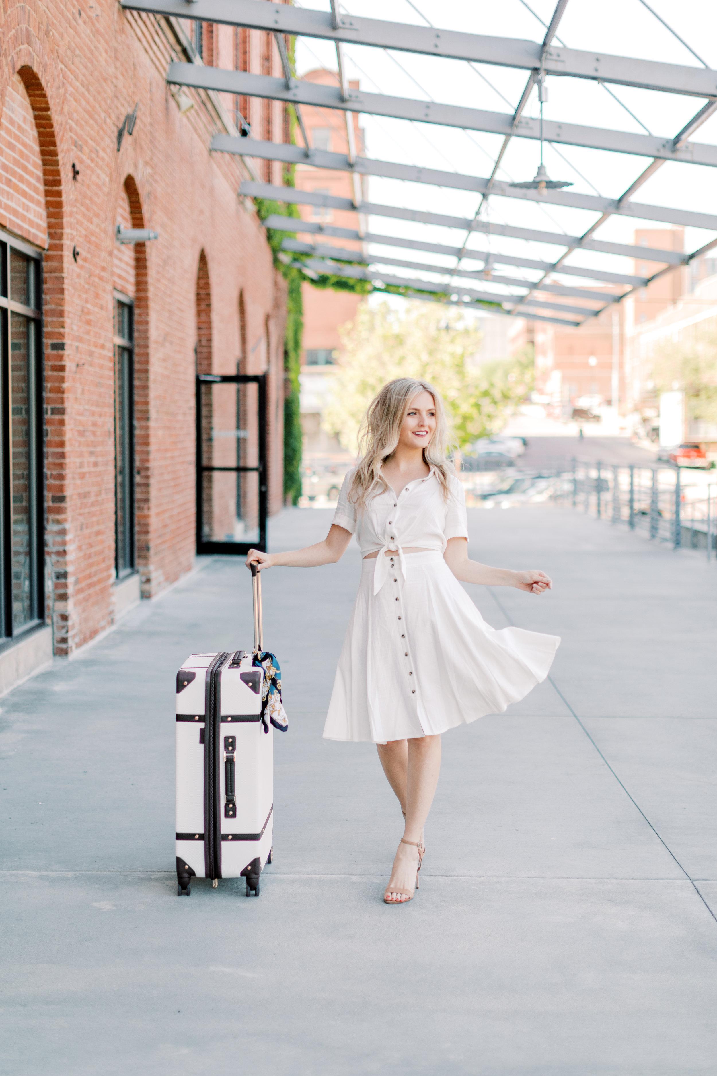 18 - © 2019 Ashley Nicole Photography - Little Bohemia_Omaha_Blogger.jpg