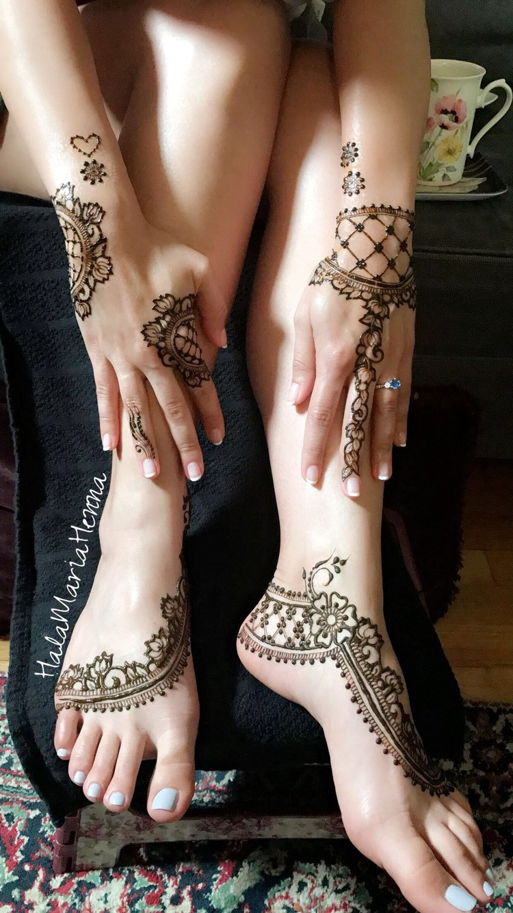 02+Hala+Maria+Henna+Mehndi+Design+Grid+Simple+Interved+Negative+Feet+Bridal+Shower+Wedding+Sangeet.JPG