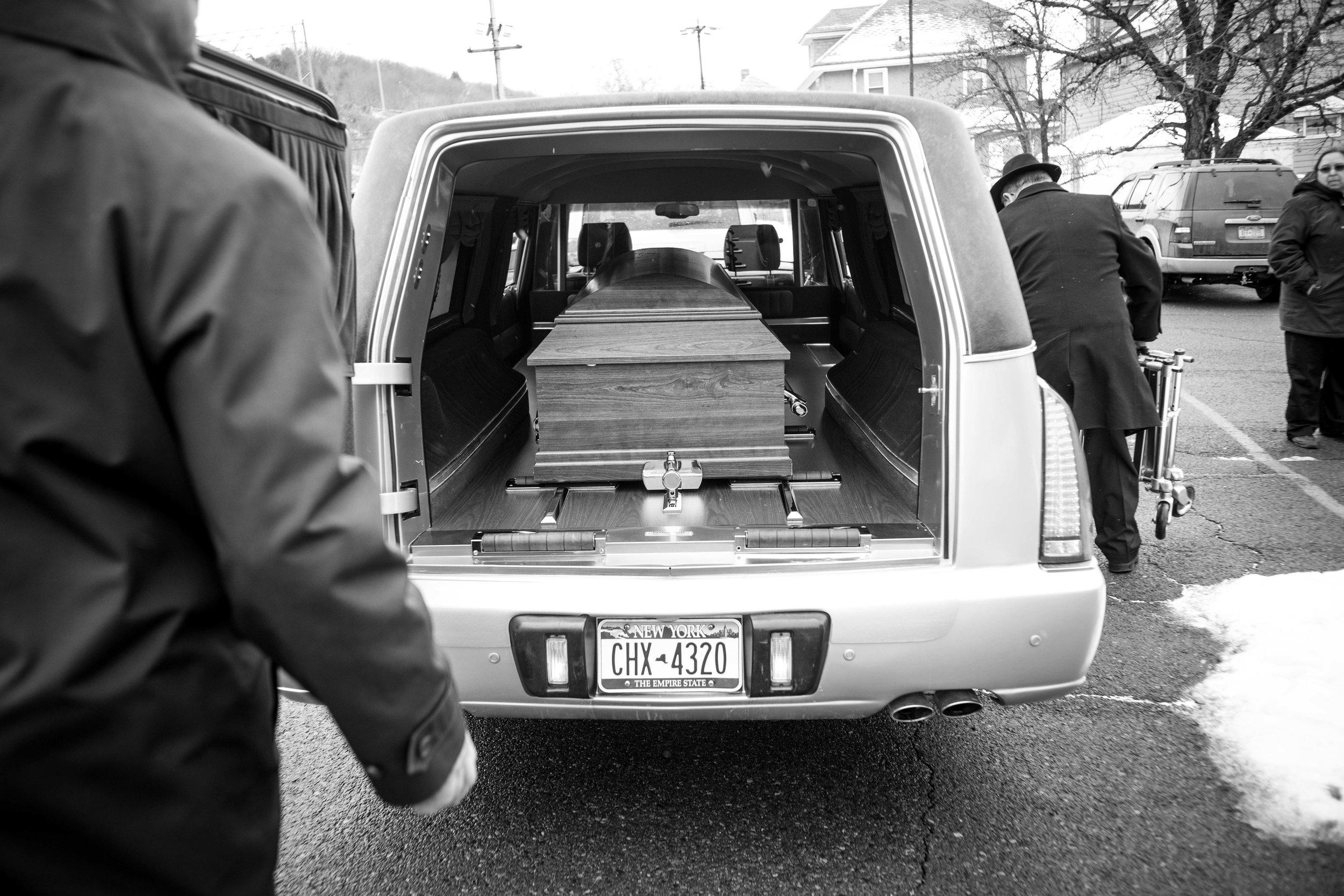 Aunt_Chris_Funeral-11.jpg