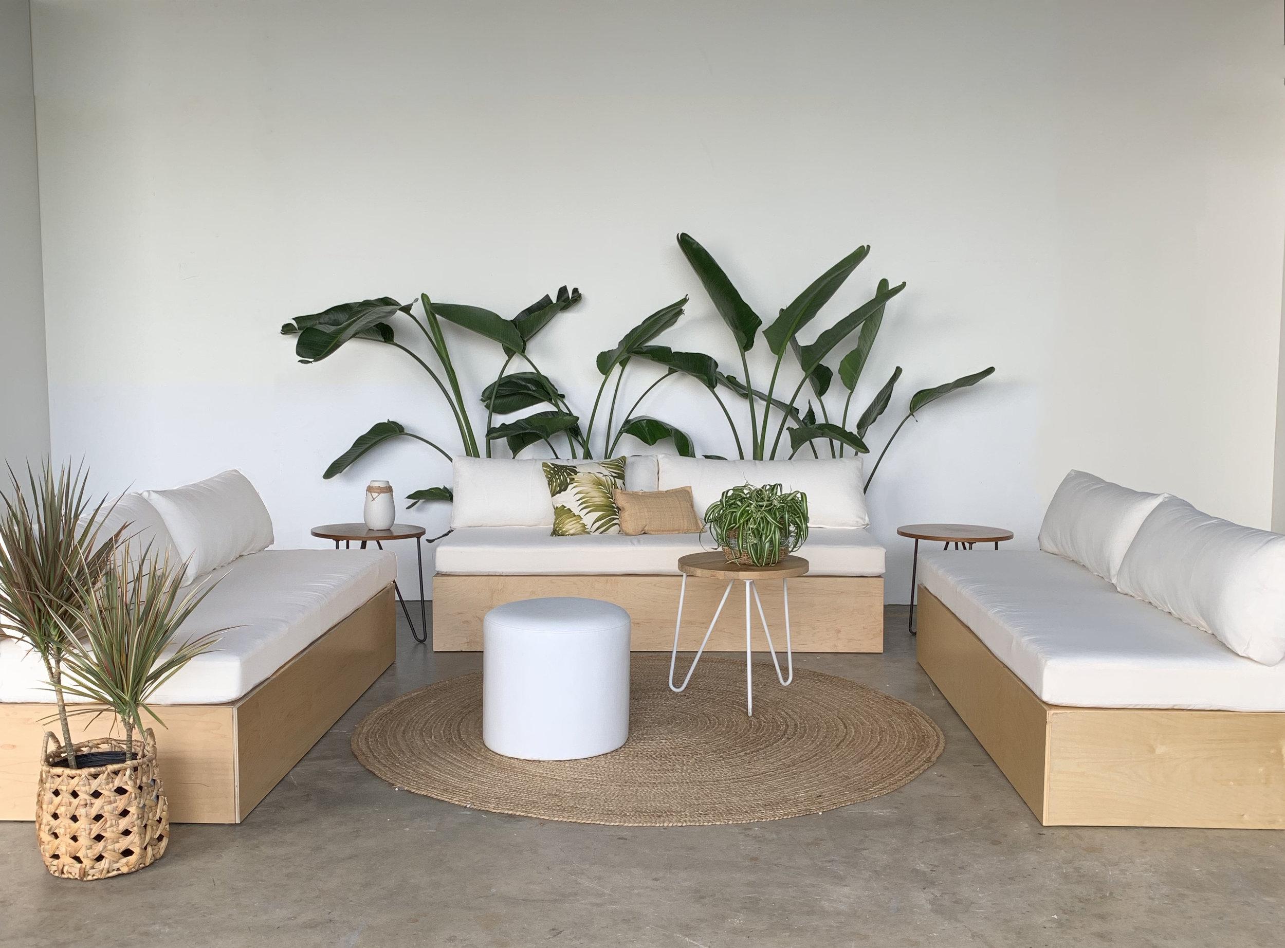 Ronen-Rentalmeadow-sofa-white.jpg
