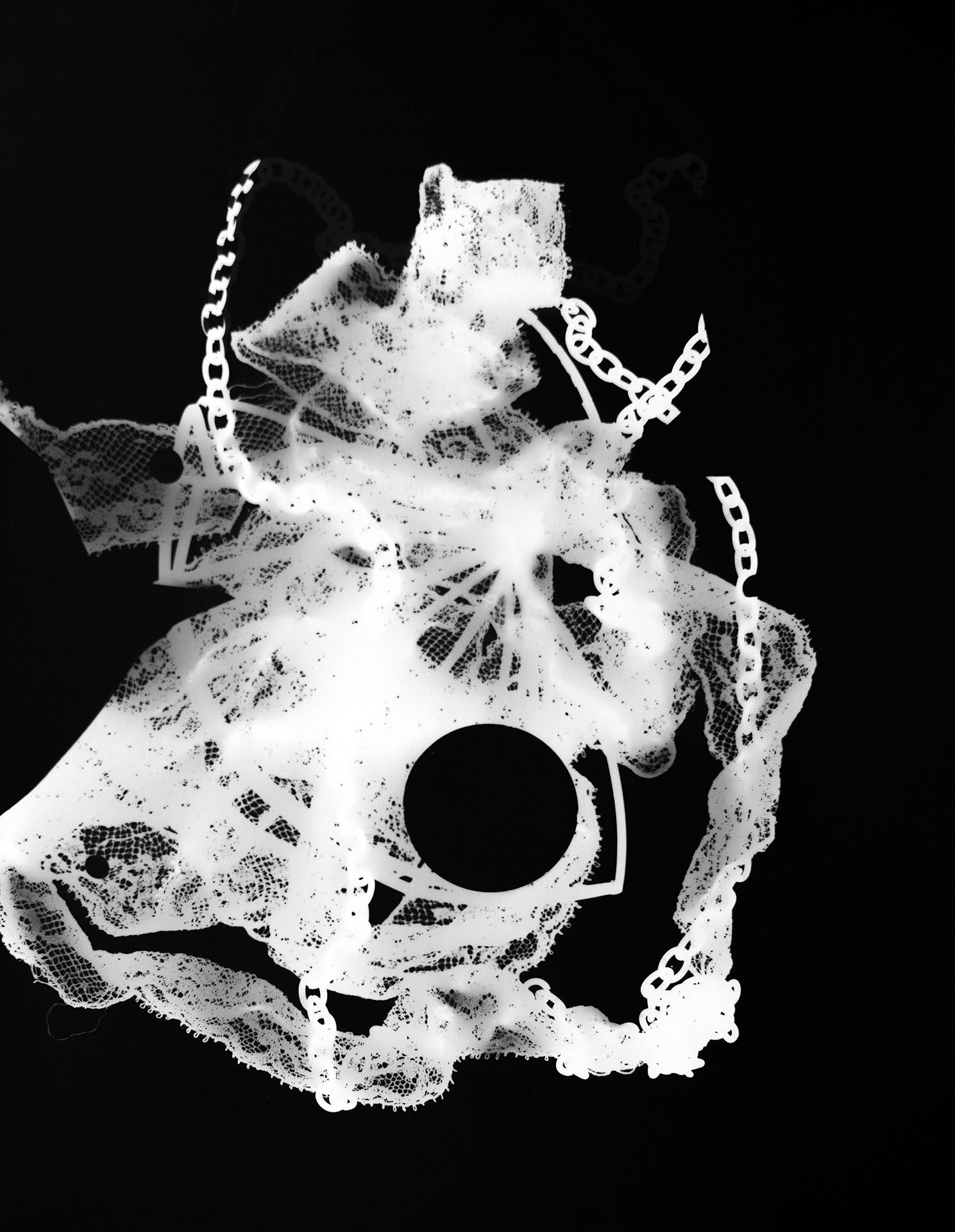 Lace/chain, 2015