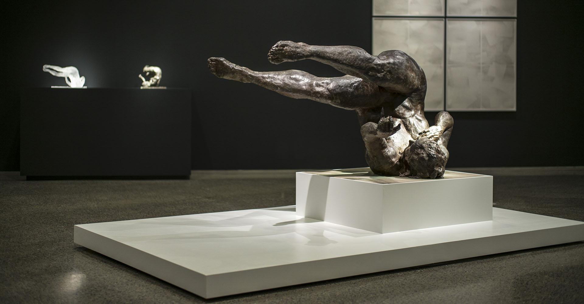 Eric Fischl, Tumbling Woman, Bronze 2002   r endering the unthinkable  , 9/11 Memorial