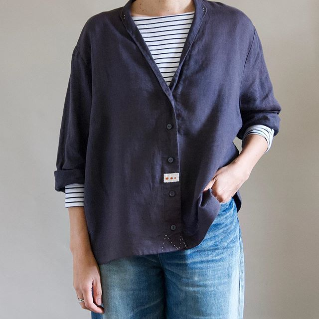 A soft, dark violet linen overshirt. This one has been reworked with vintage embroidery details and stitching with sashiko cotton thread. Available at Mr Kitly #primoeza_rework