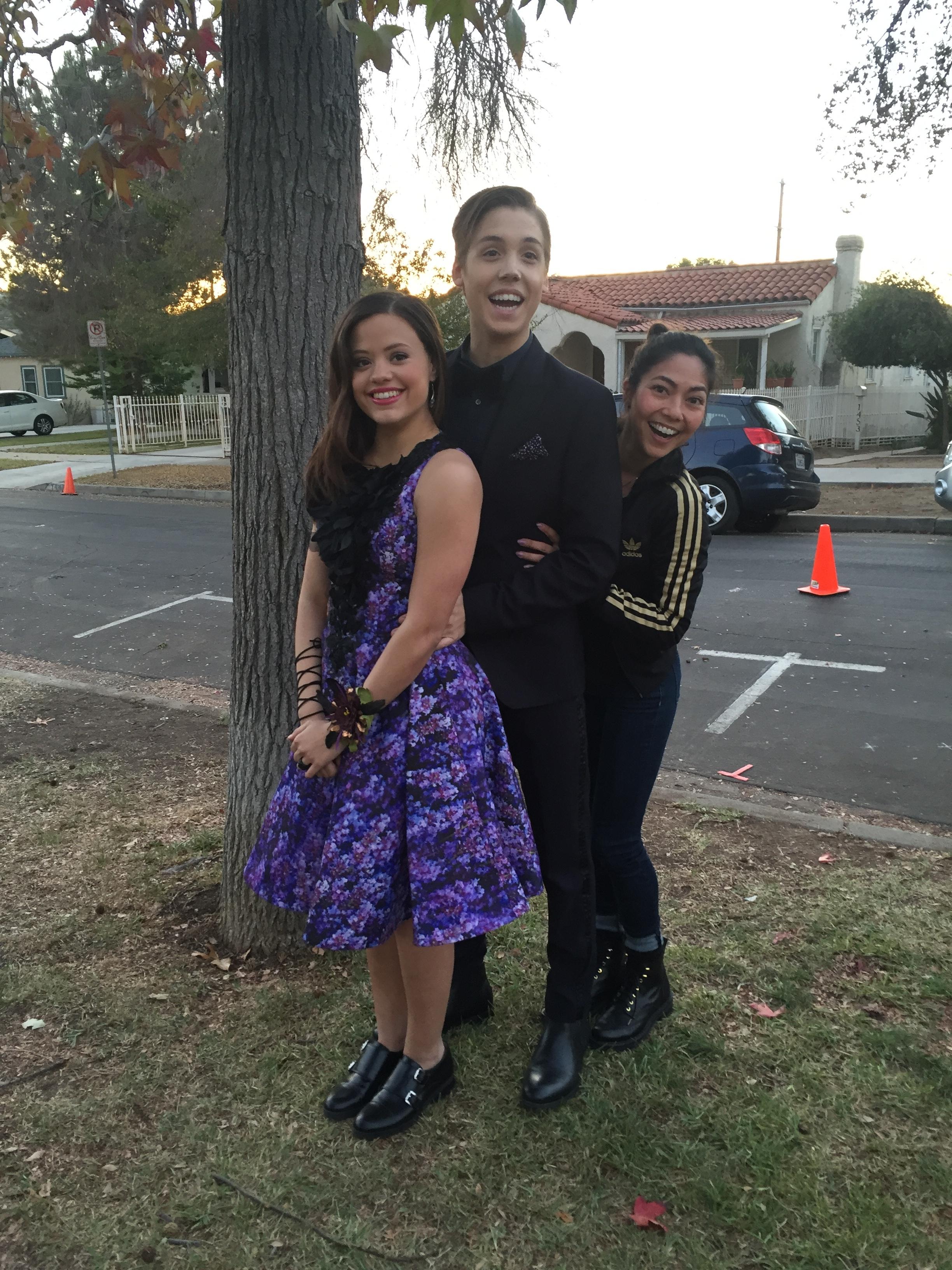 Sarah Jeffery & Mathew Espinosa- Be Somebody