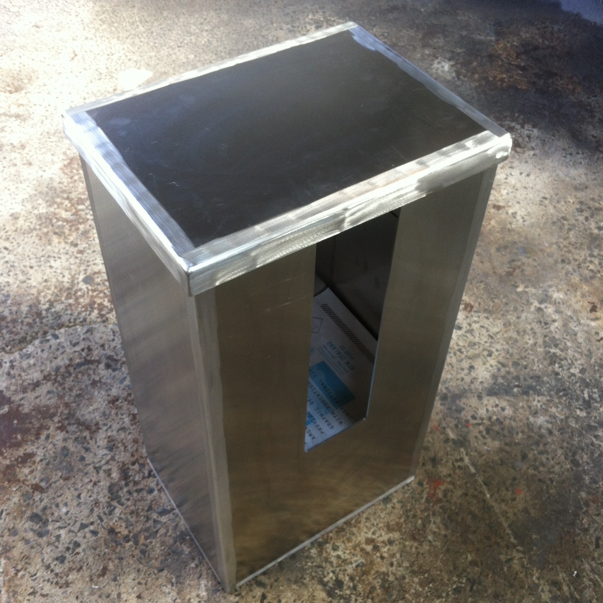 Distribution box for art publications