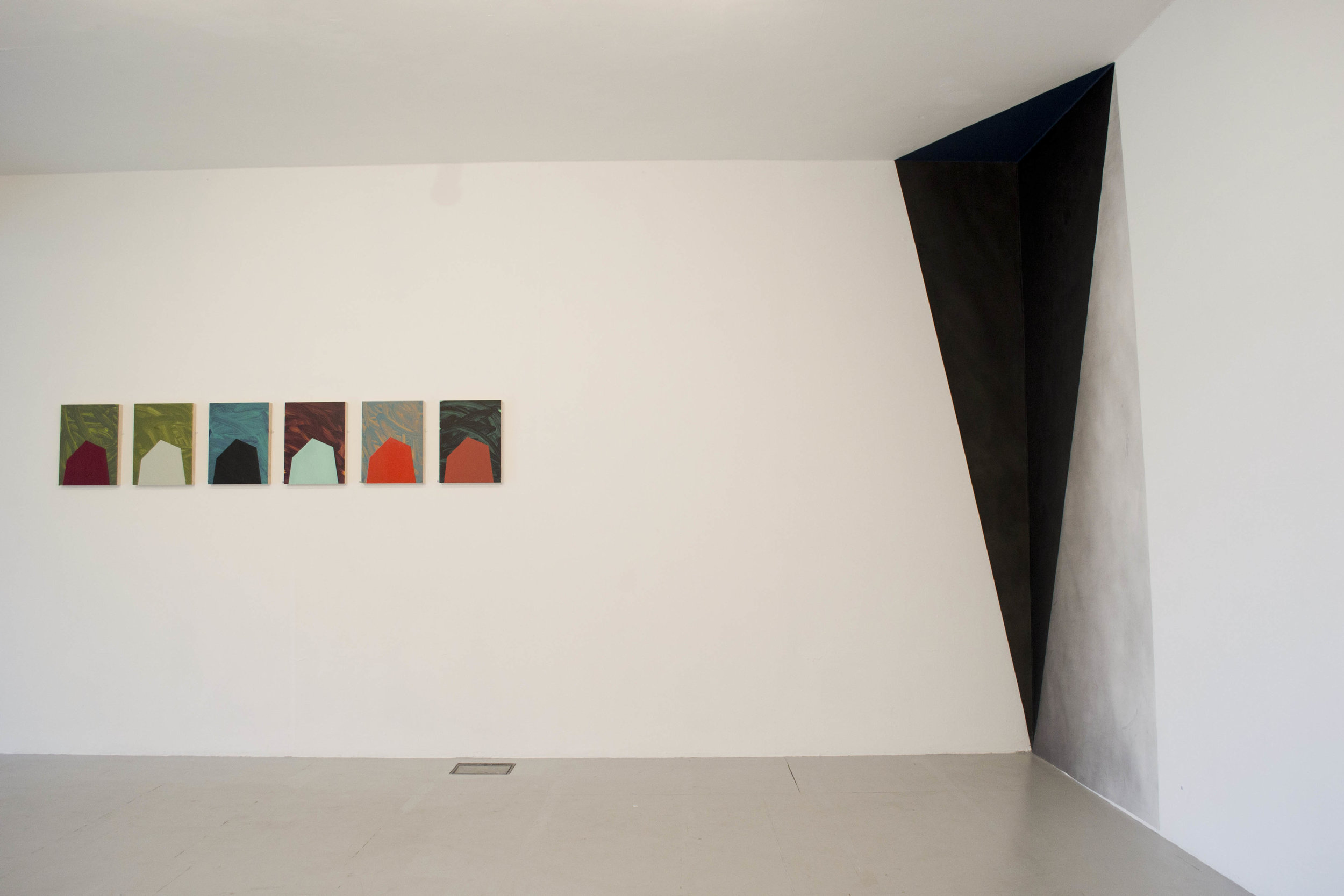 Floor to Ceiling Patrick O'Donnell and Tower series Johanna Melvin in situ Hardpainting.jpg