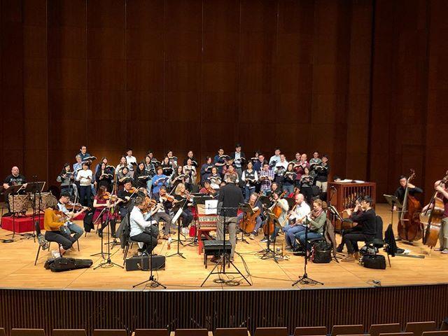【巴赫《B小調彌撒曲》Bach's Mass in B minor】  最後一次排練!門票有限,手快有手慢無喇!Link in bio! Final rehearsal!!! Limited tickets left at www.urbtix.hk/internet/eventDetail/37304 -------------------------------------------------------- 11.1.2019 (五 Fri) 8pm 香港大學百周年校園李兆基會議中心大會堂 Grand Hall, Lee Shau Kee Lecture Centre, Centennial Campus, HKU $400 / $300 / $200 *全日制學生及高齡人士可獲半價優惠 Half-price tickets available for full-time students and senior citizens