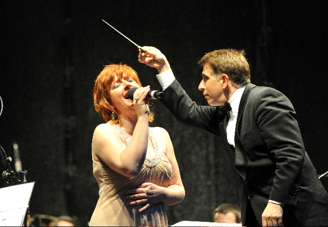 Mary in full flow with Nicholas Milton conducting in Rostock