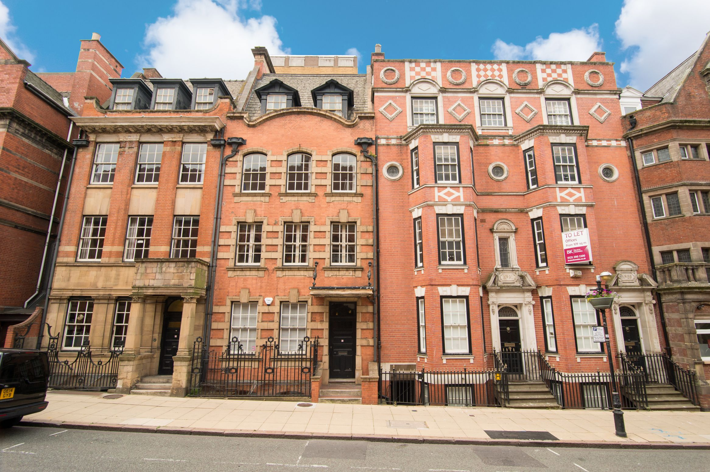 "Cornwall Street, City Centre, Birmingham, B3<br><div class=""priceright"">£40 a month</div>"