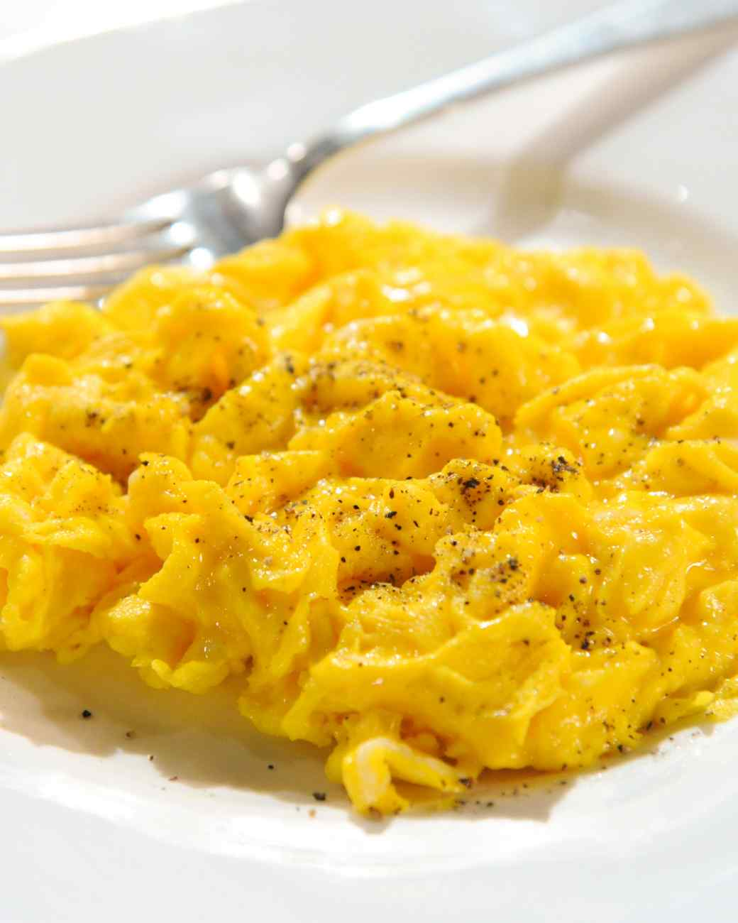 cheesy-scrambled-egg