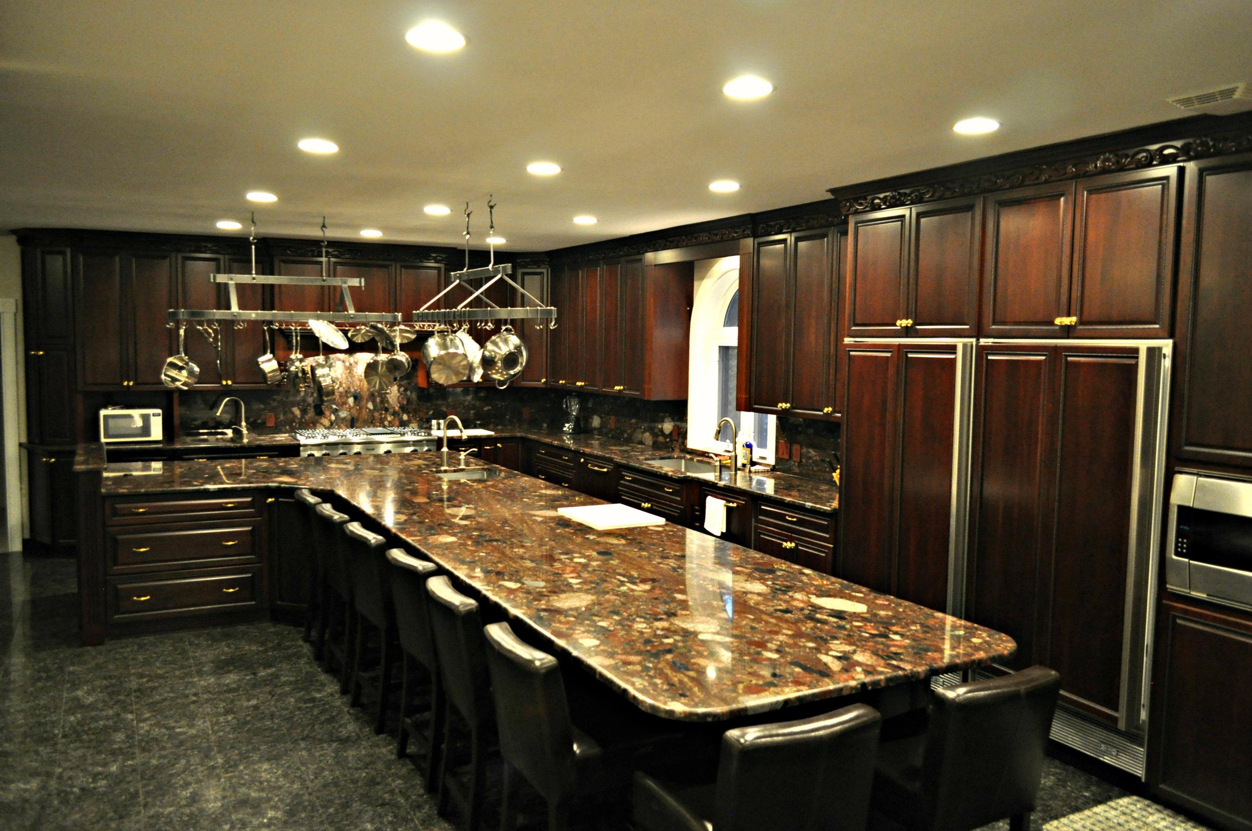 Kitchen8.jpg