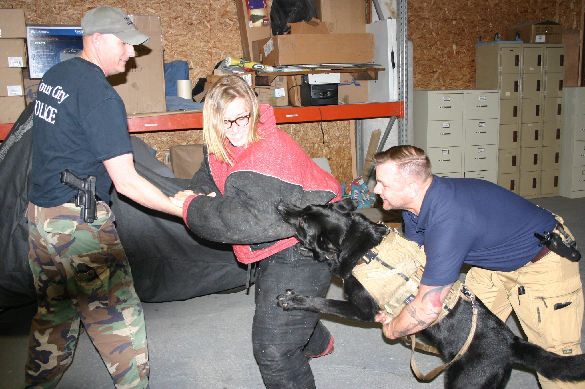 K9 Odin takes down a 'perp' wearing a full bite suit.