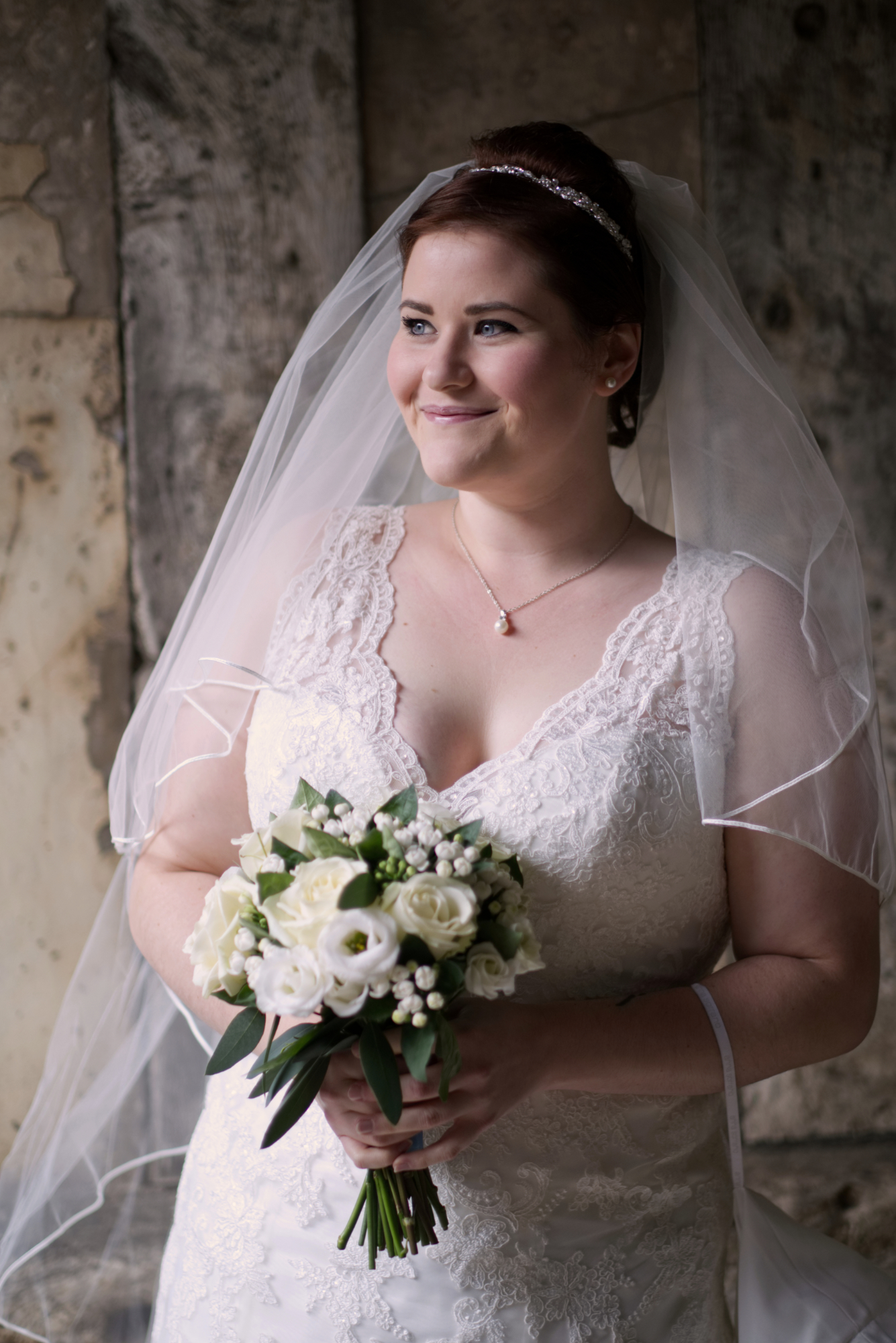 Leamington Spa Warwickshire wedding photographer - bridal portrait - Cheylesmore Manor House Coventry.jpg