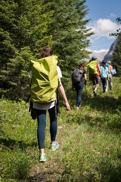 hiking-2446336_640.jpg