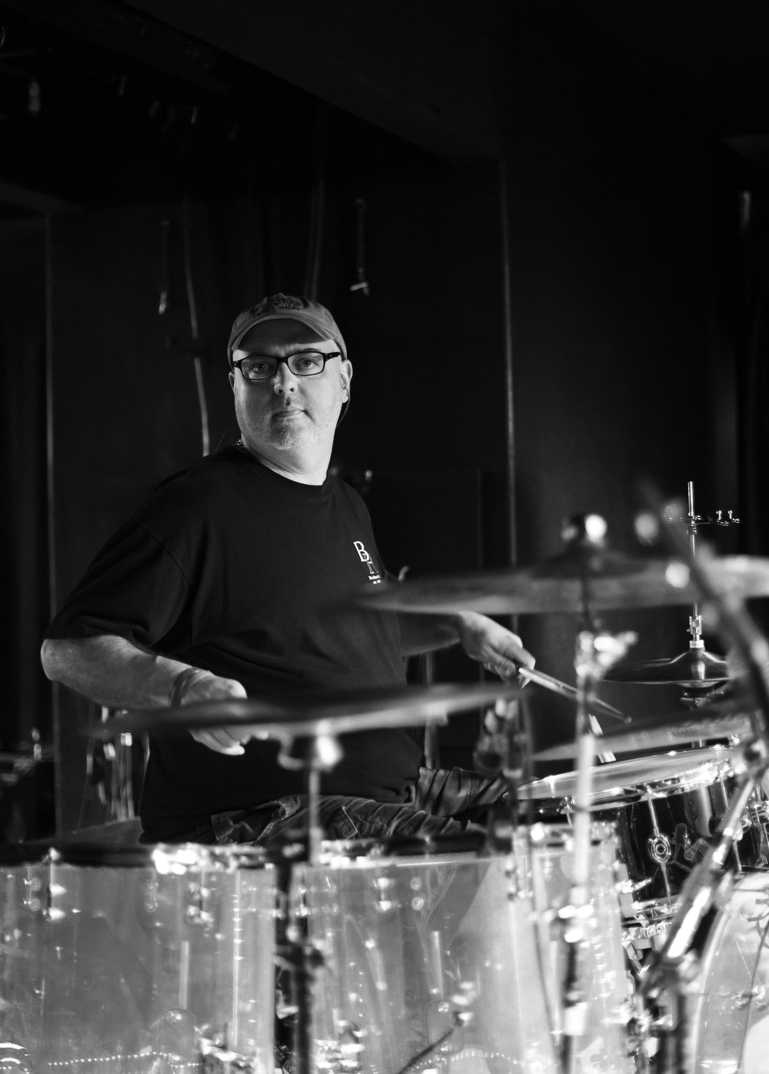 Andy King makes it look too easy. Live with Purusa at Analog Cafe, Portland.
