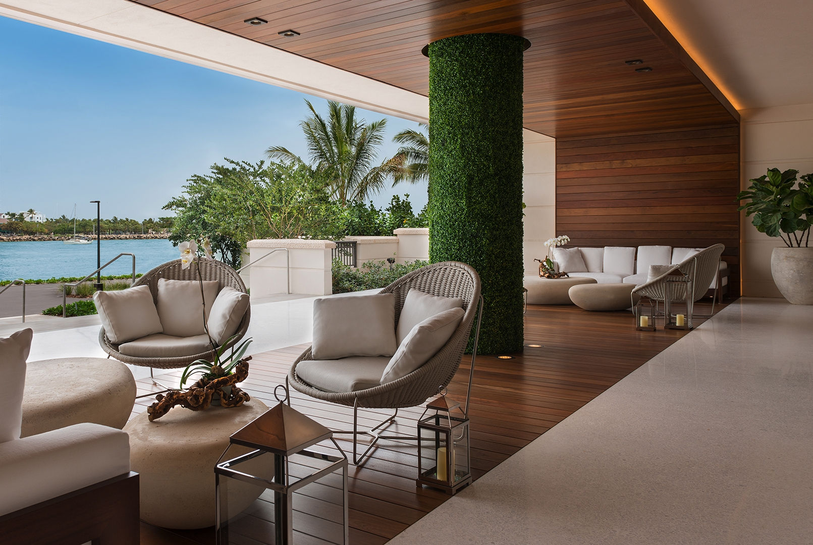 The airy terrace lounge at Palazzo Del Sol