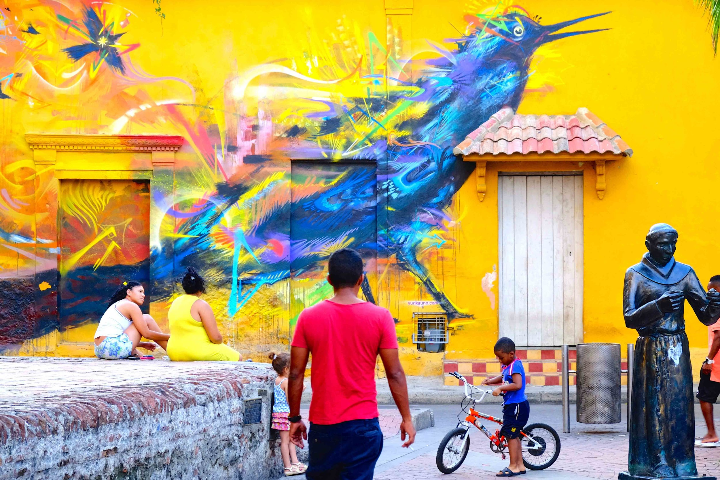 A mural in the Getsemaní neighbourhood of Cartagena. Photo courtesy of Galavanta