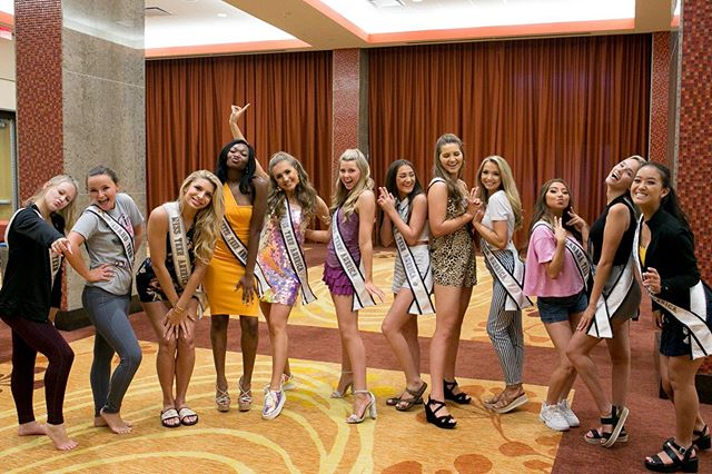 The contestants did amazing at their dance choreo! Can't wait to see the final show! . . #missteenamerica #mtanationals #nationals #nationalpageant . Photo: @goodwinphotog