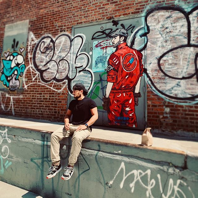 Your whole plan is catcha tan in my sunshine 😏One time 'cause it's some kinda wonderful 🧨⚠️ 📸 @tay_danielle • • • #newyorkphotographer #contentcreator #visualart #filmmaker #brooklyn #williamsburg #director #cinematographer #photographer #newyorkcity #johanospinaphotography #portraitphotography #street #puma #businessasusual #streetphotography #movado #graffiti #graffitiart #lifestylephotographer #lifestylephotography #somekindofwonderful