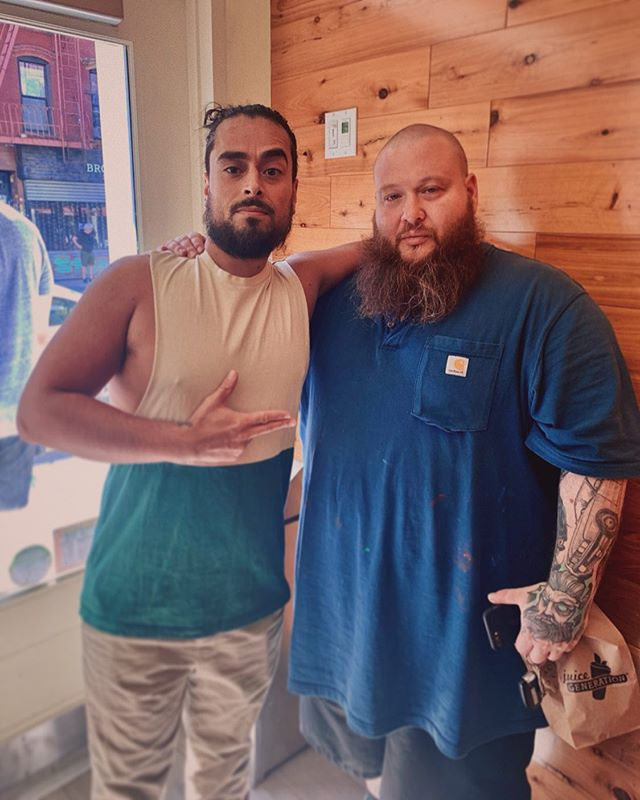 🛰💥 SWERVE'N ON EM WITH MR. WONDERFUL @bambambaklava ⚛️🍏 • • • #actionbronson #rapper #chef #artist #fuckthatsdelicious #stonedbeyondbelief #massappealrecords #bluechips7000 #whiteBRONCO #complexcon #complexmusic #tidal #brooklyn #williamsburgbrooklyn #juicegeneration #newyork #johanospinaphotography #filmmaker #newyorkphotographers #independentartist #creatives #betonyourself #musician #hiphop #ancientaliens #travelingthestars #viceland #entrepreneur #brooklynphotographer #vsco
