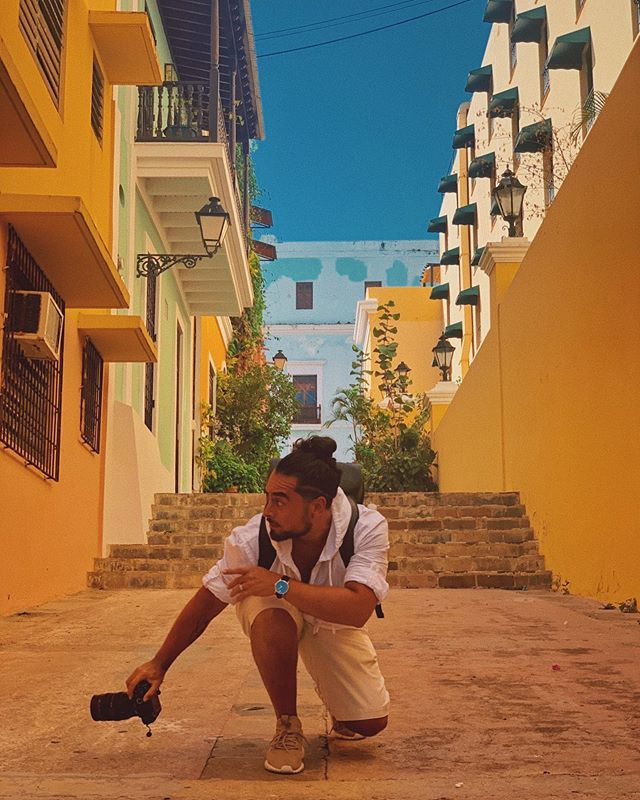 🇵🇷💫 Traveling and 📸 snappin' my way through the vibrant and colorful streets of Old San Juan, Puerto Rico😎 Love + Respect to all the resilient, righteous, strong-hearted, and beautiful humans who are creating change through unity around the world 🌎 Don't let the fear and hate divide y'all — Love is the catalyst for a new world 🧡 ... see y'all again soon 💪🏽 • • • • #roamtheplanet #awakethesoul #travelphotography #oldsanjuan #puertorico #puertoricolife #instatravel #wanderlust #colorstreet #sonyalpha #travel #travelgram #exploring #vsco #exploretocreate #adidasoriginals #unity #themoderntraveler #throughthelens #justgoshoot #travelphotographer #johanospinaphotography #contentcreator #cinematographer #adventure #letsgoeverywhere #travelbag #doyoutravel #puertoricostrong