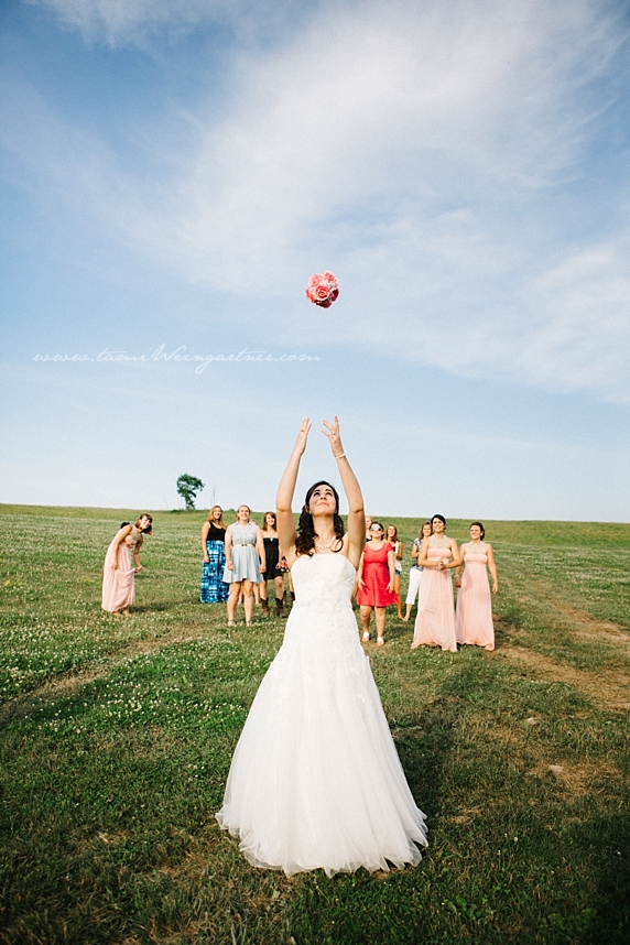 The most epic bridal bouquet toss ever