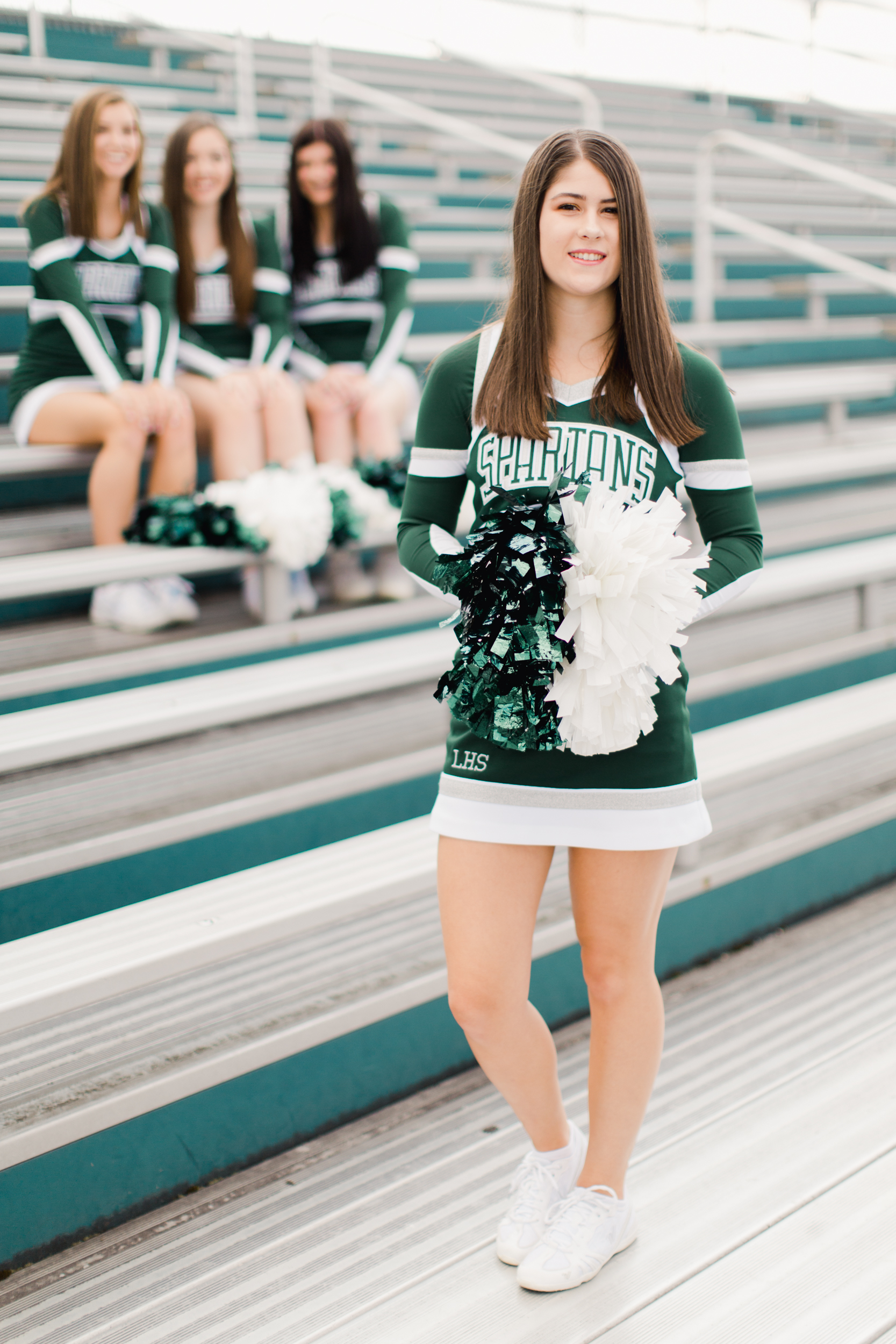 Laurel_HS_Varisty_Senior_2019_Cheerleaders (4 of 27).jpg