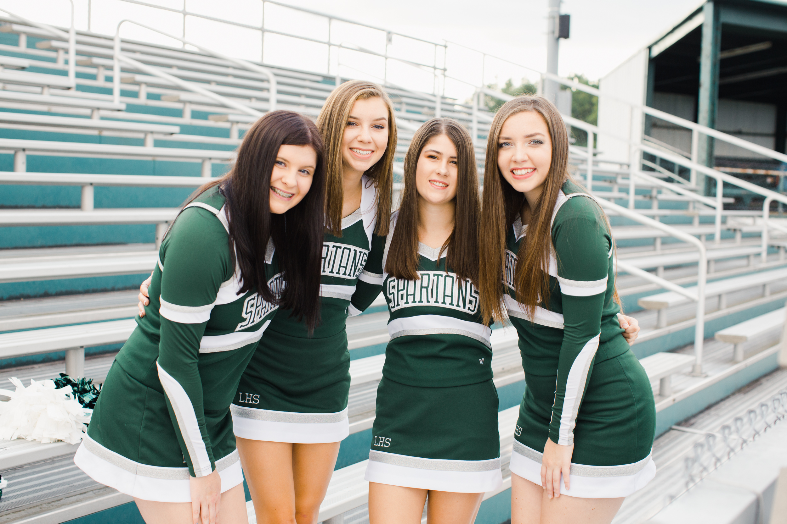 Laurel_HS_Varisty_Senior_2019_Cheerleaders (7 of 27).jpg
