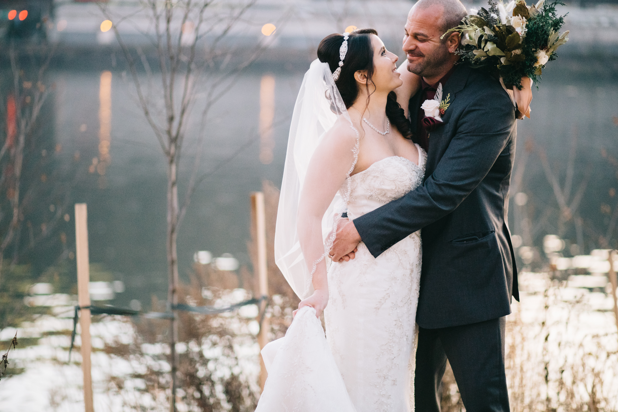 Sara_Brandon_Winter_Mt_Washington_Wedding (22 of 30).jpg