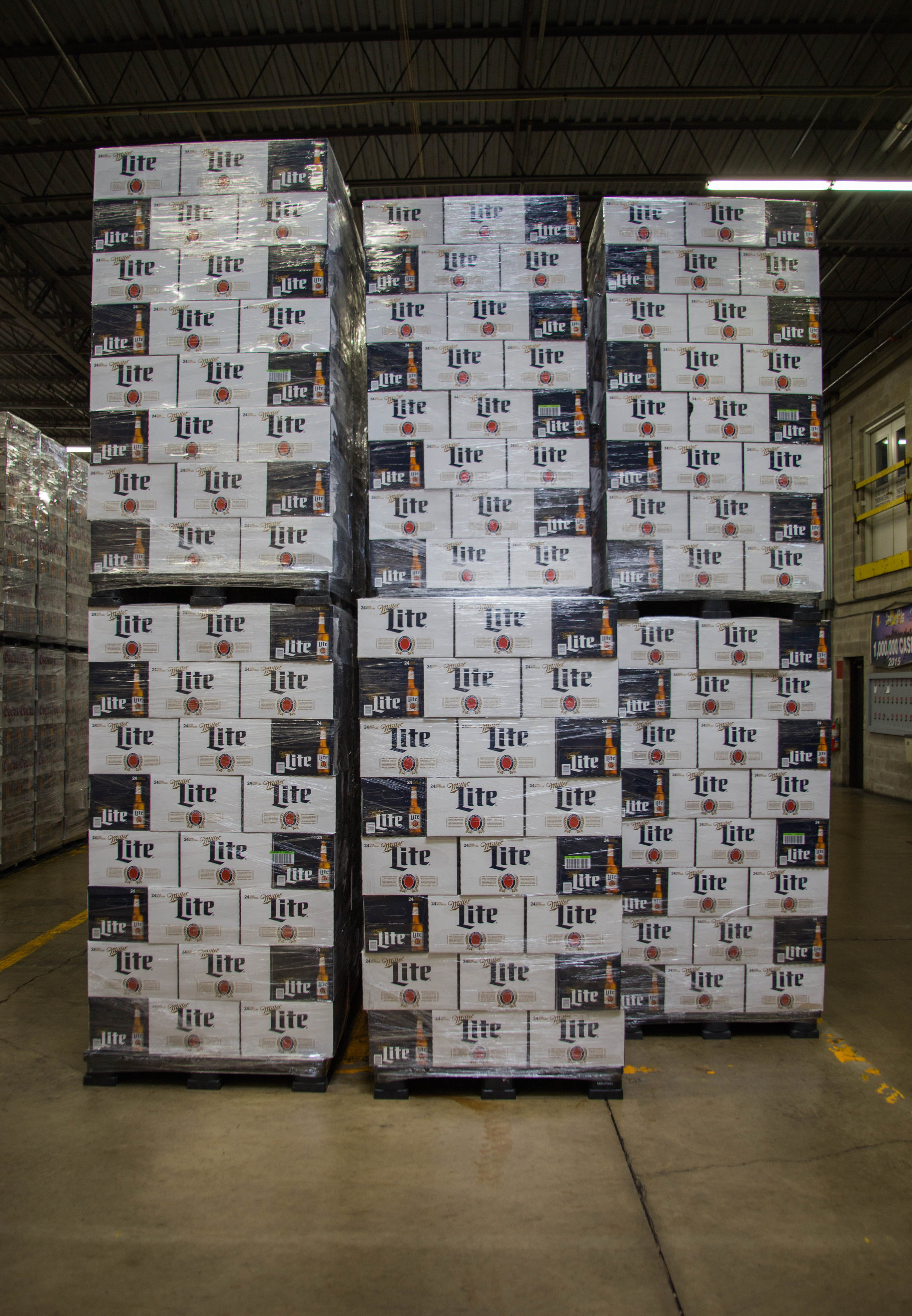 Town & Country Miller Lite