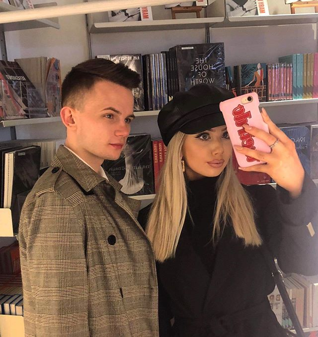 Barbie and Ken went to the bookshop🤳🏻