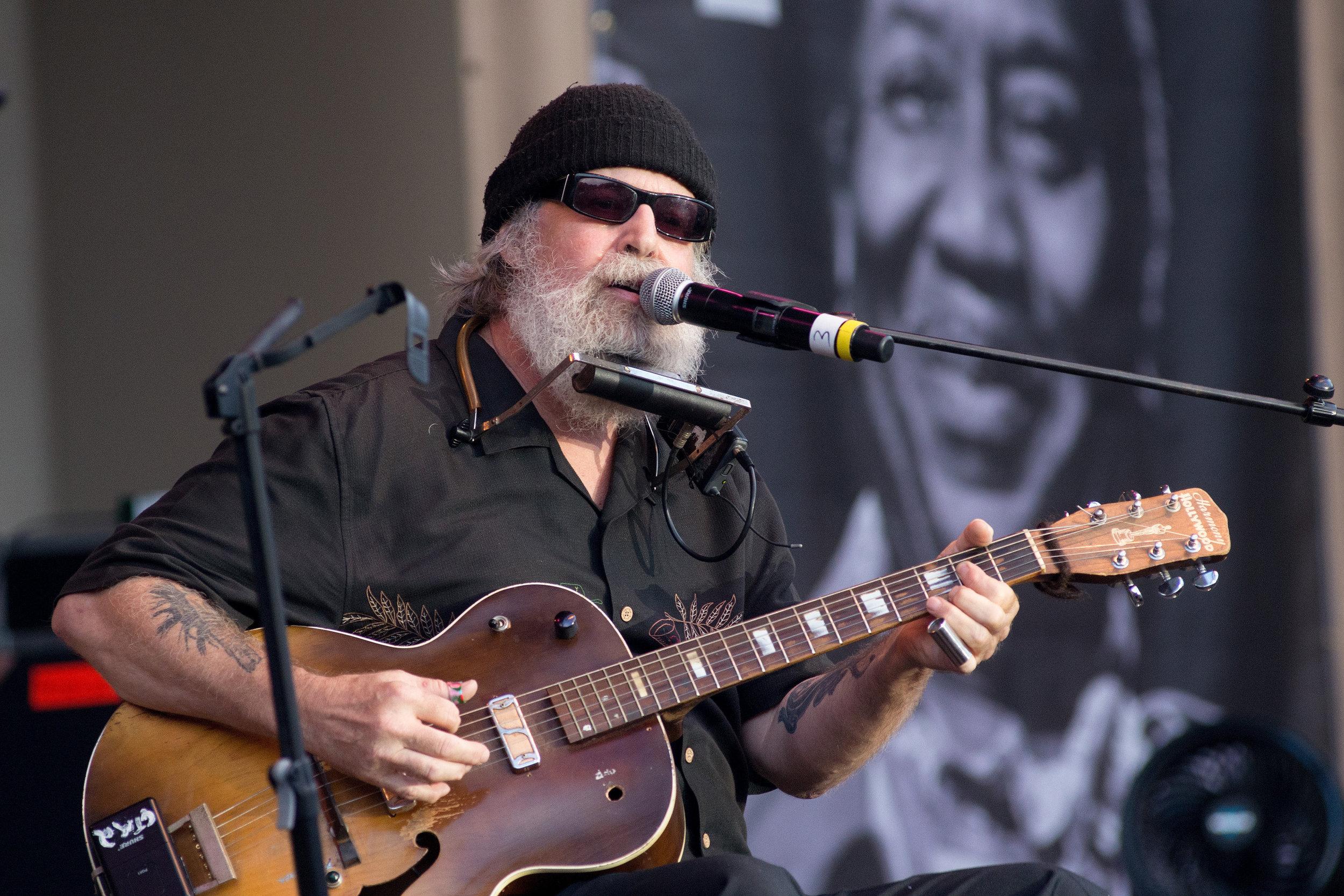 Paul Oscher uncropped original chicago blues fest.jpg